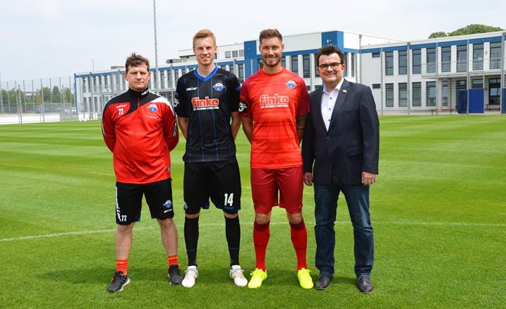 finke wieder haupt und trikotsponsor beim sc paderborn. Black Bedroom Furniture Sets. Home Design Ideas