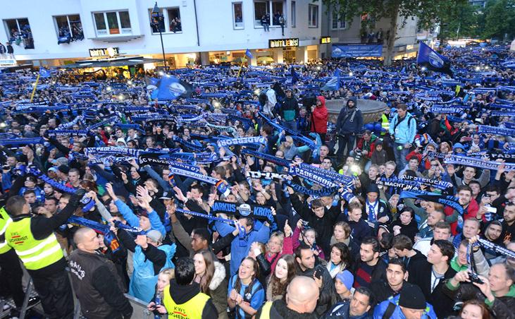So läuft die Aufstiegsfeier des SC Paderborn   liga3-online.de