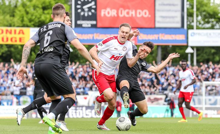 Ex-Kölner Lars Bender im Probetraining bei Energie Cottbus ...