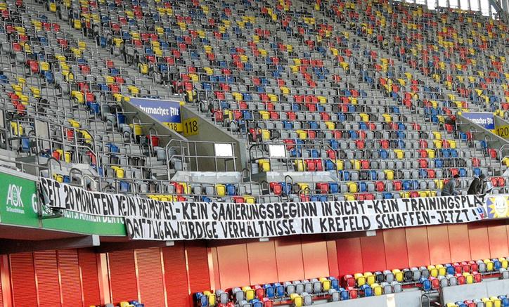 Kfc Uerdingen Fans Fordern Drittligawurdige Verhaltnisse Liga3 Online De
